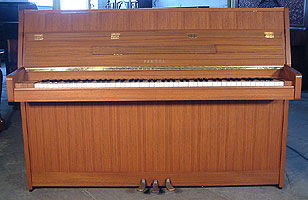 Yamaha M5JR Upright Piano For Sale