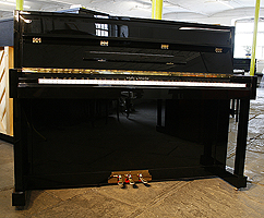 Halle & Voight 110 Upright Piano
